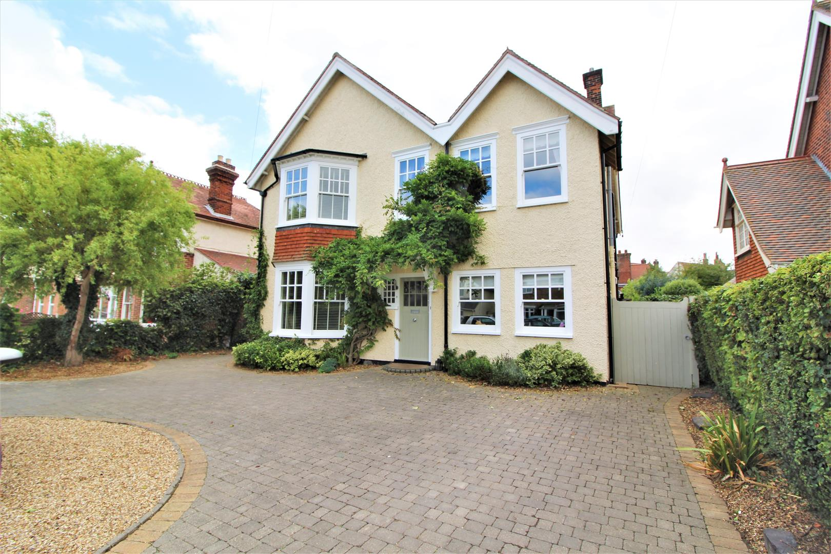 Harold Grove, Frinton-On-Sea, Essex, CO13 9BD